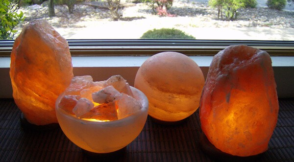Amazon: Himalayan Salt Lamp Sólo $ 19.99 (Regularmente $ 39.99) - Hip2Save