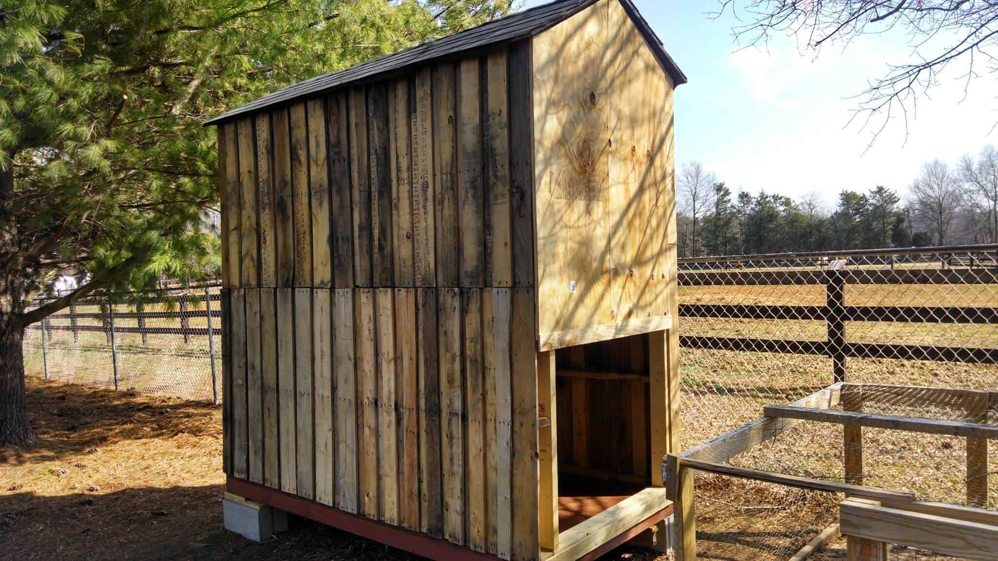 Large Chicken Coop from Pallets