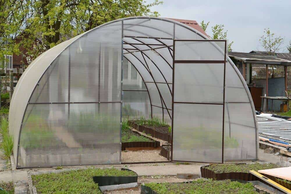 How to build your own greenhouse for Build your house