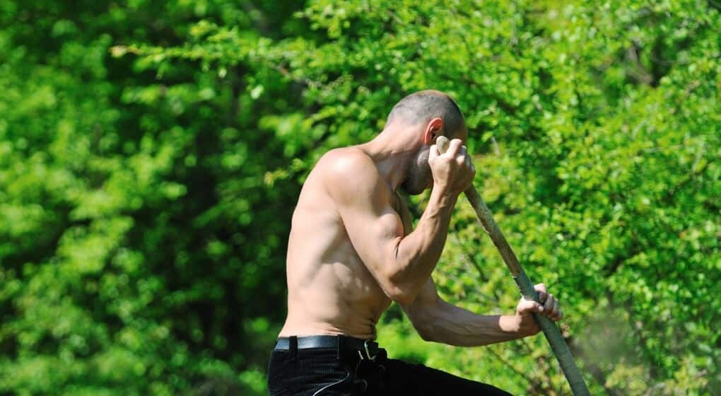 5 Ways To Get Fit While Gardening