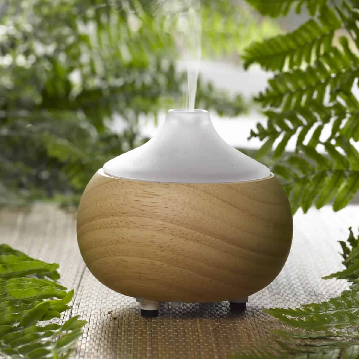 ultrasonic-aroma-oil-diffuser-1 Ultimate Guide to Essential Oils
