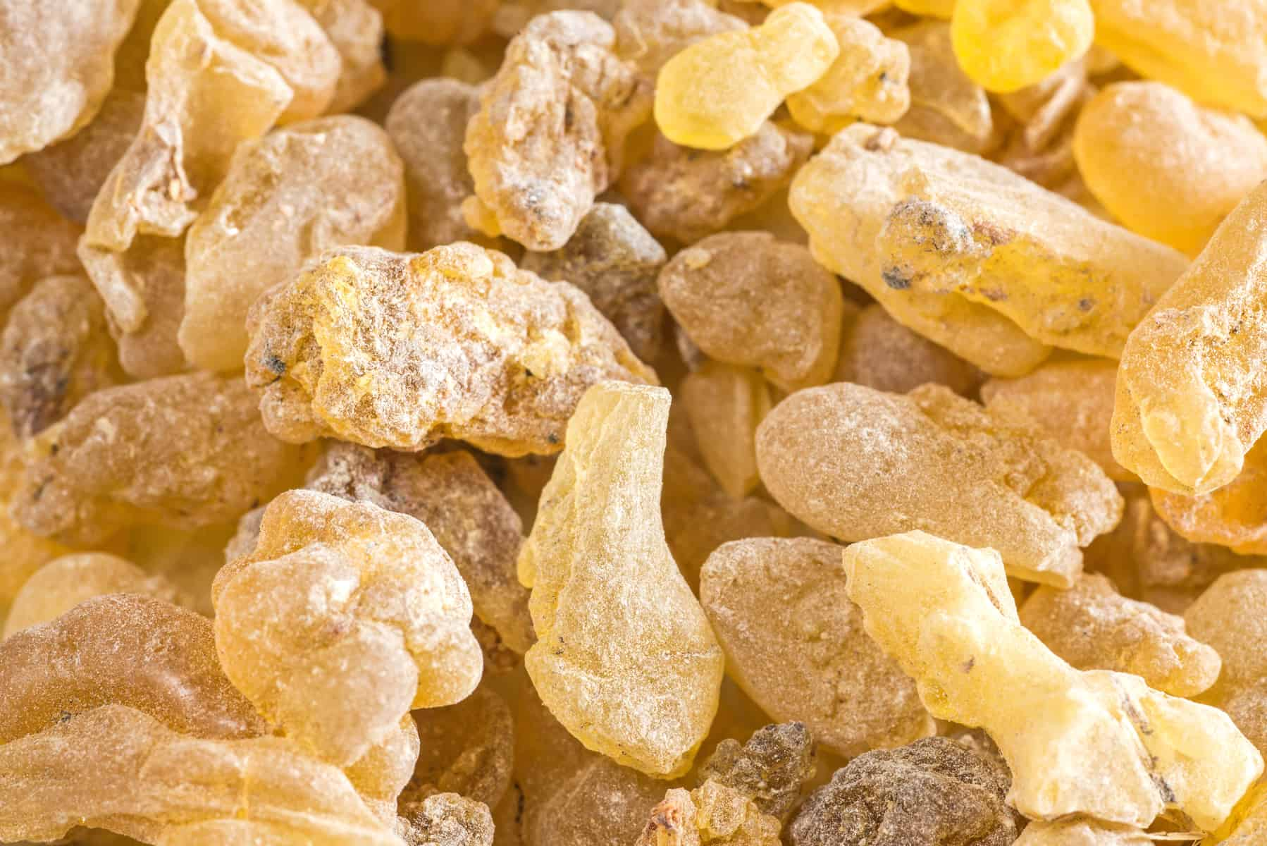 how to use frankincense essential oil